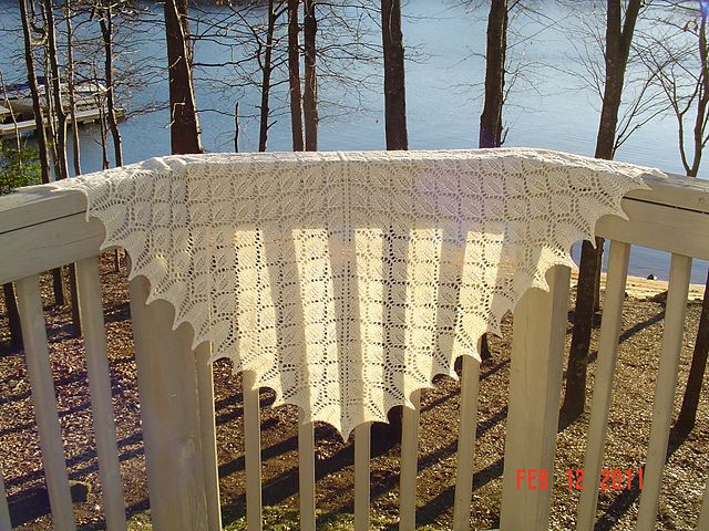 Ravelry: maria3442's lacy leaf shawl