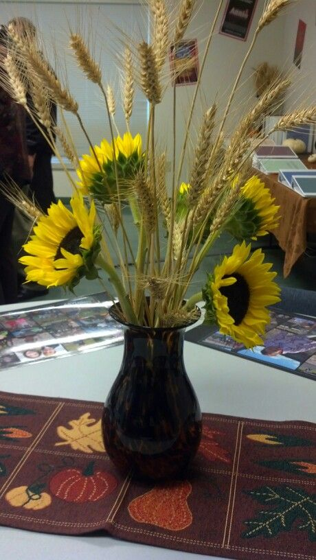 Wheat and sunflower centerpiece | Wedding | Pinterest ...