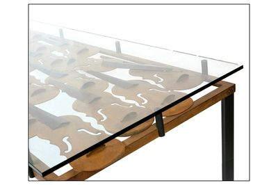 Crystal table with structure decorated with violins wrought iron. Also available from the living room. View more products from the link:  http://www.mirabiliashop.com/ceolin.htm   Selected by www.mirabiliashop.com directly with the Master Ceolin - Treviso (ITALY)