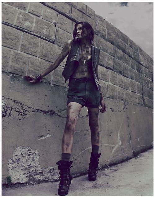 <3 dark fashion