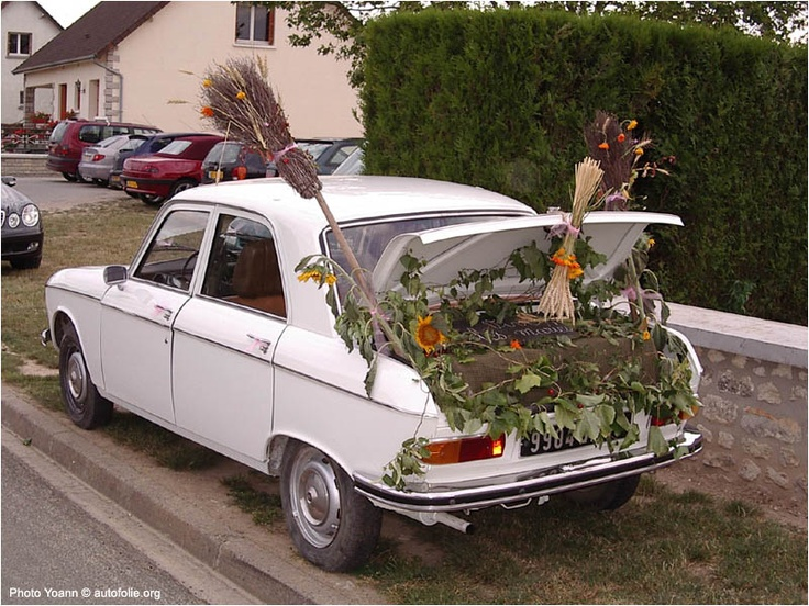 ... about voiture balai mariage on Pinterest  Mariage, Blog and Photos