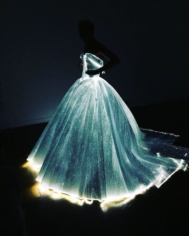 Claire Danes Glowing Dress