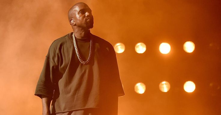 """Kanye West played a new version of The-Dream's """"Bed"""" during his Yeezy Season 5 show."""