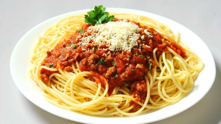 Resultado de imagen de spaghetti ala boloñesa italiana