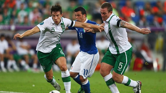 Sean #StLedger and Richard #Dunne crowd out Antonio #DiNatale as Italy search for the first goal