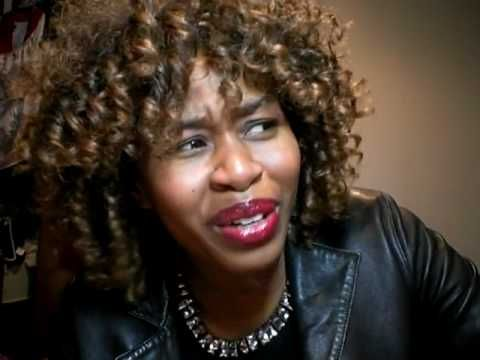I can make your Bed Rock Lyrics Translation by GloZell
