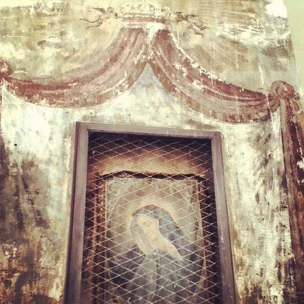 Edicola sacra di fronte palazzo vitelleschi #foligno #religious #italy
