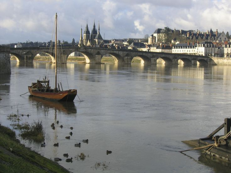20 best travel loire valley france images on pinterest - Point p blois ...