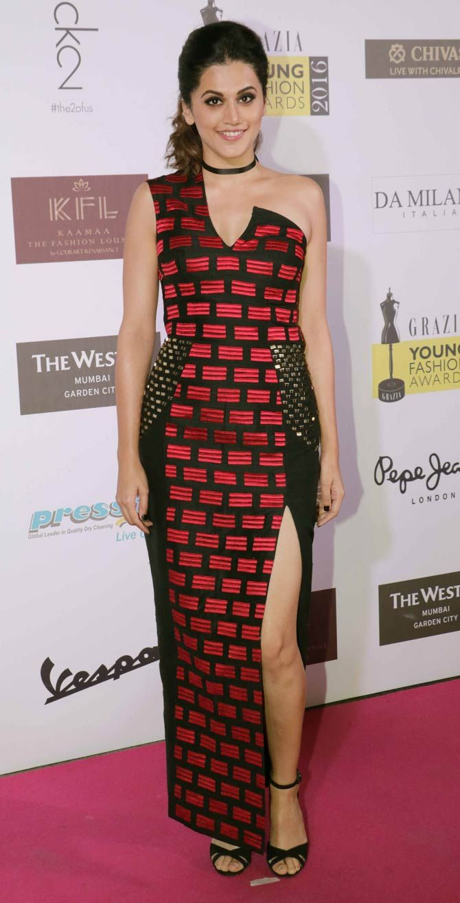Taapsee Pannu at Grazia Awards 2016. #Bollywood #Fashion #Style #Beauty #Hot…