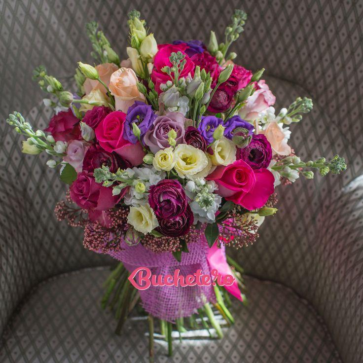 Gata, am umplut atelierul de flori pentru Florii și ne-am pregătit să sărbătorim ziua de nume a lor, a celor cu nume de flori. Uite aici cu ce designuri florale: https://www.buchete.ro/buchete-florii  Voi cu ce fel de buchete sărbătoriți Floriile?   #livrareflori #florarie #florideflorii
