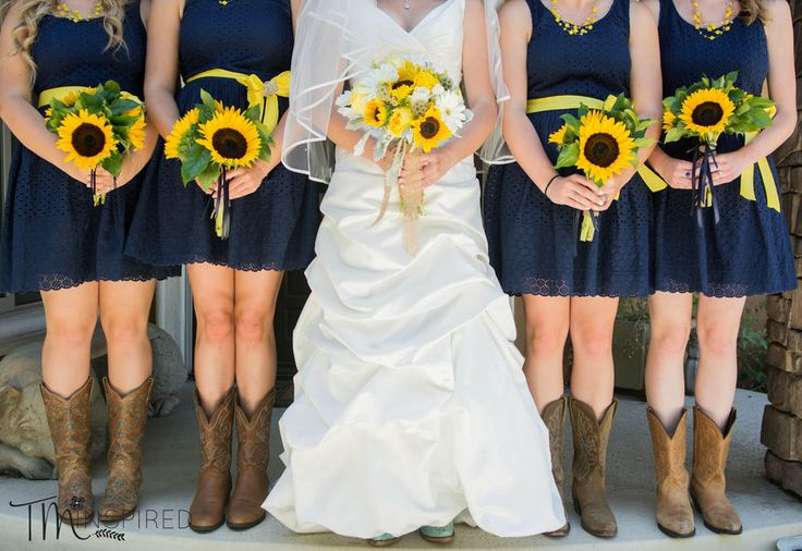 Summertime...Such a cute idea for a rustic or country themed wedding! Photo by TMinspired Photography - Orange County, CA Wedding Photographer | SnapKnot