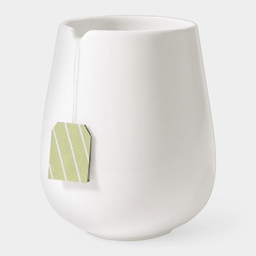 I love the clean lines and simplicity that this tea mug has. I feel like if it were incorporated into a display window for a more modern kitchen environment it would fit well.