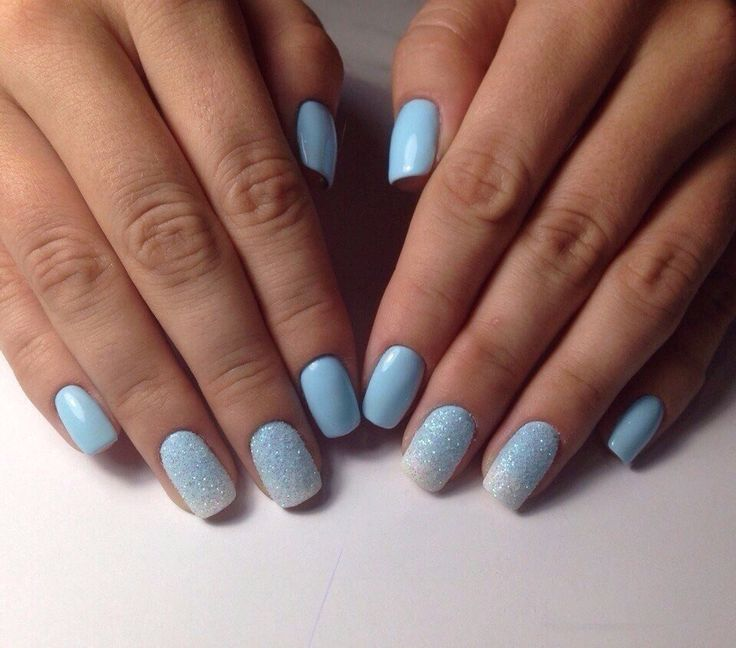 Blue nail art, Everyday nails, Fashion nails 2017, Glitter nails, Landscape nails, Medium nails, Modest nails, Office nails