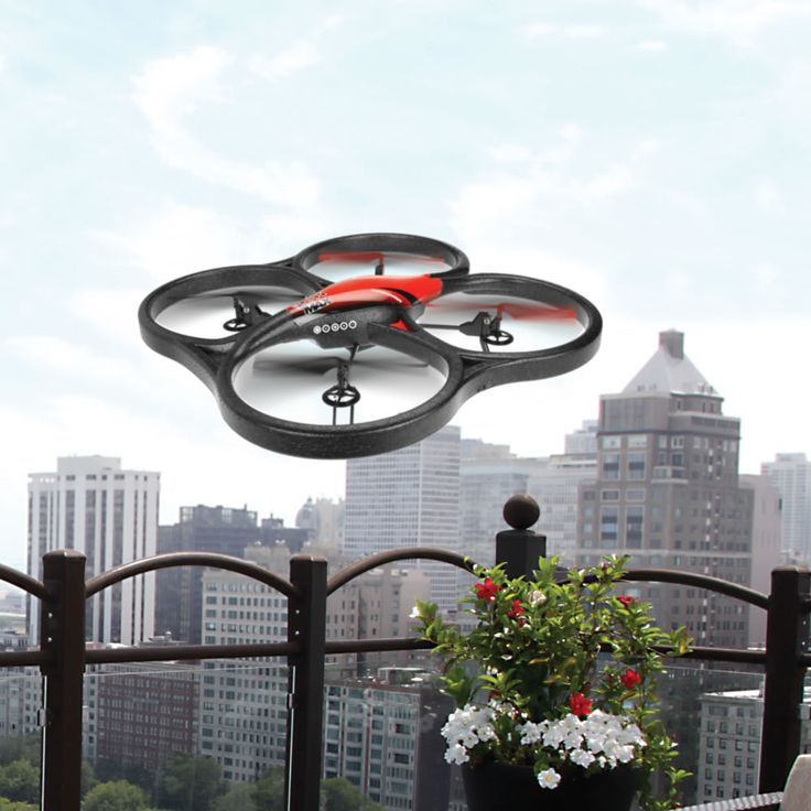 The High Definition Camera Drone - This is the flying camera drone that captures high-definition pictures and video from up to 300' away. #HammacherHolidays