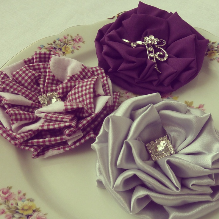9 Best Images About Fabric Flowers On Pinterest