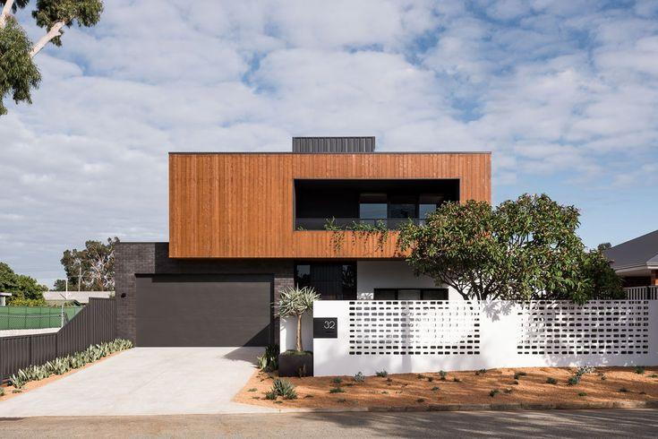 Une maison cube et familiale conçue autour d'un patio avec piscine en 2020 (avec images) | Patio ...
