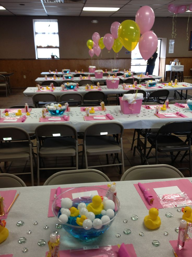 Baby shower table decoration ducks pink yellow baby girl for Bathroom duck decor