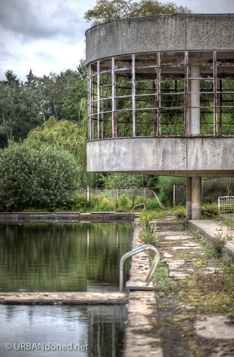 Bloso Outdoor is an  abandoned outdoor sports facility near the Belgium village of Hofstade.