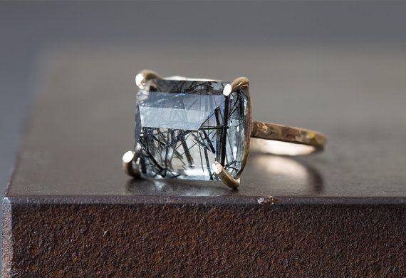 Emerald-Cut Tourmaline in Quartz Ring por LexLuxe en Etsy