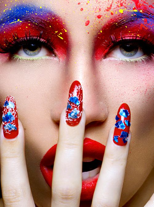 SHE LOVES FASHION - Red, White & Blue Makeup ARTistry