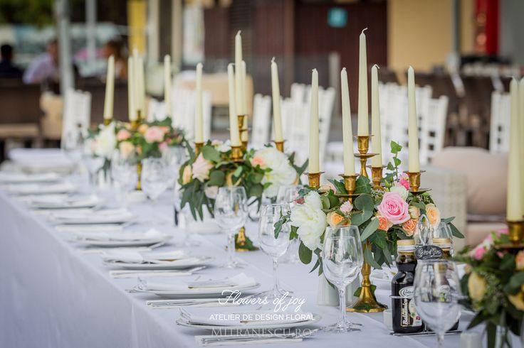 Elegant pink table arrangement.