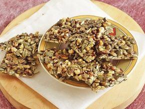 Козинаки из тыквенных семечек и грецких орехов