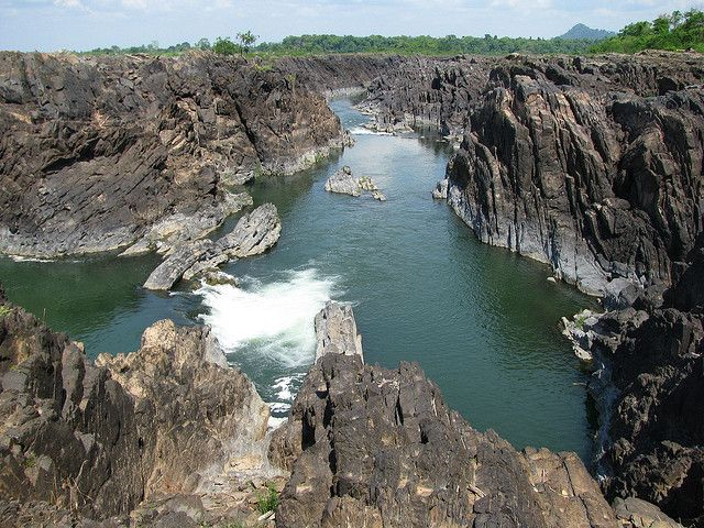 Salaphet waterfall, Mekong river, Stung Treng, Cambodia by seasoakingwaterfalls, via Flickr