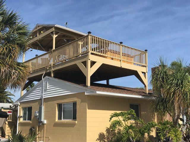 16 Resplendent Roofing Garden Bar Ideas Architectural Shingles Roof Metal Roof Fibreglass Roof