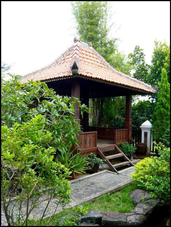 9 best minimalist house design idea style java indonesia for Minimalist house jakarta