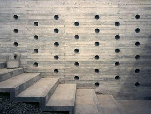 A la Vista de Cementos Bio Bio * La estética industrial se toma para base para muchas de estas colecciones que toman su inspiración de materiales como el cemento fraguado al agua, o las piezas con acabados metalizados que con trazas de óxido