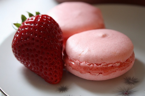 Lemon Macaroons with Strawberry Filling