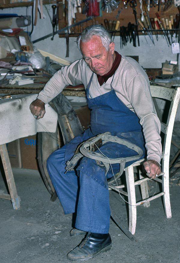 Bureau administratif bois enfant vintage Maison Paul Langevin - faire construire sa maison par des artisans