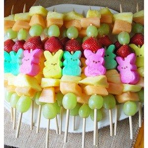 Shares Get your Easter dinner started off right with these festive appetizers! They are almost too pretty to eat, but are surprisingly simple to make. From tasty dips to fresh fruit and veggie trays, these appetizer recipes are sure to be a hit with your guests! Fruit Easter Appetizers Easter Fruit Pizza from Sugar Hero …