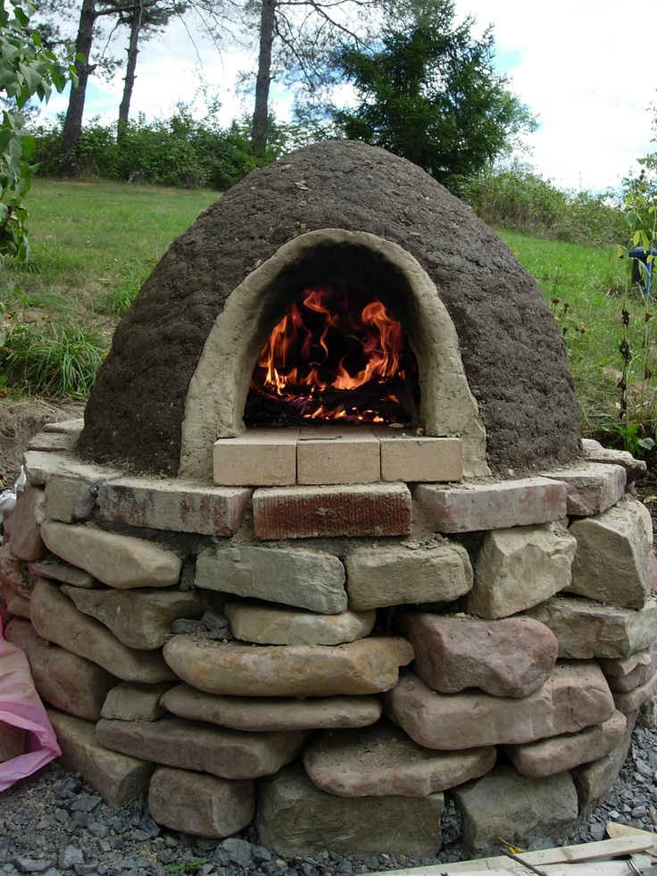 Best 25 stone pizza oven ideas on pinterest outdoor pizza ovens wood fire pit and oven design - Outdoor stone ovens ...