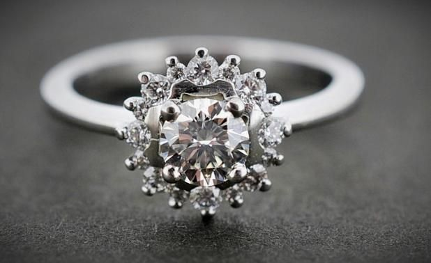 CLUSTER STYLE ROUND BRILLIANT RING #engagement #diamonds #PlatinumCork