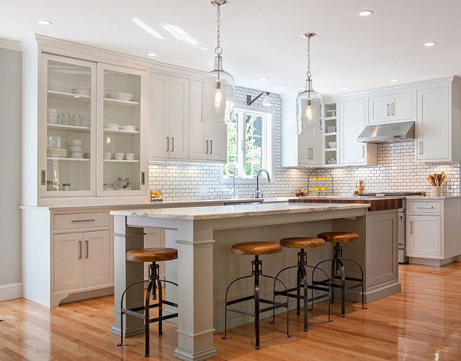 Friday Favorites: Farmhouse Kitchens