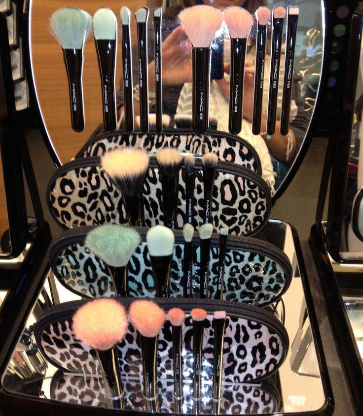MAC Makeup set // pinterest:: @ glamour_scars ❥