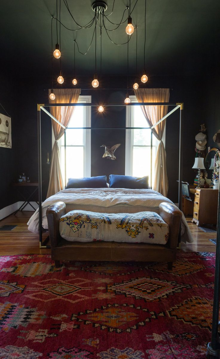 Exotic moroccan bedroom decorating light and deep purple colors - Diy Light Inspiration From An Antique Dealer S Nostalgic Bohemian Nashville Bungalow House