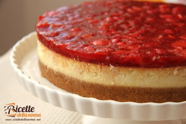Cheesecake fragole e ricotta #recipe #ricetta #strawberry #cheese #italia #food #foodidea #foodcreative