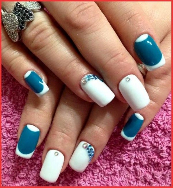 175 best nail images on pinterest christmas nails christmas simple blue and white nail design prinsesfo Choice Image