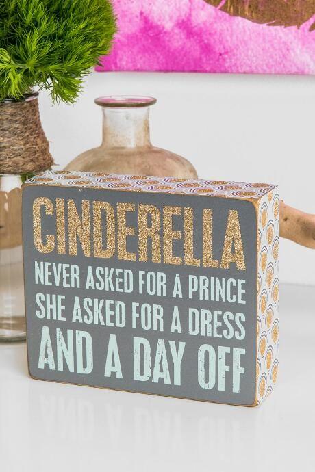 Francesca's Glitter Cinderella Box Sign