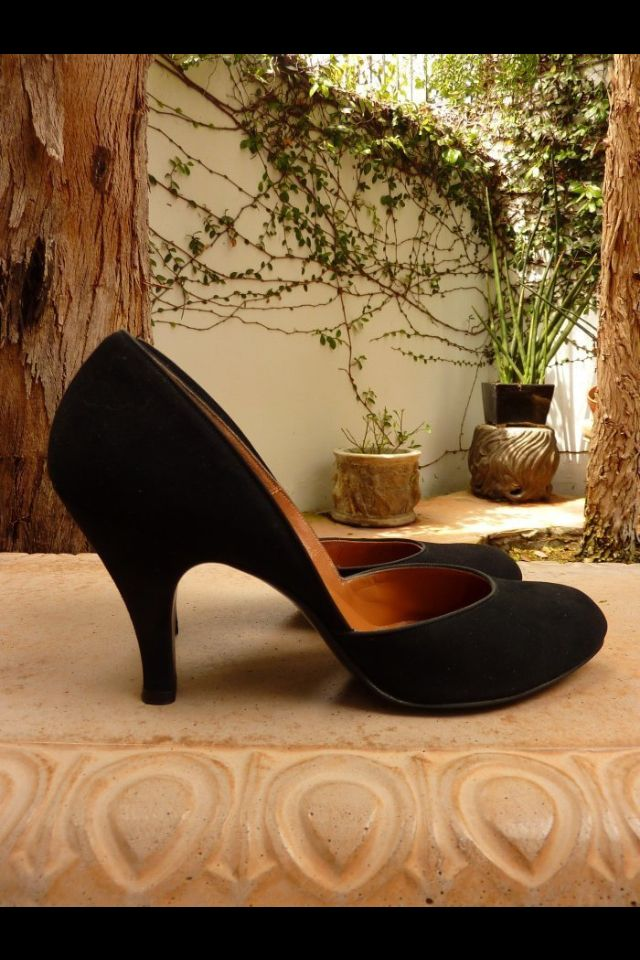 Lovely 1940s shoes  i think that these are the most ellegant shoes of all time
