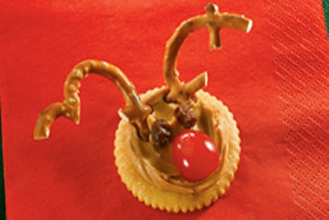 On devinera tout de suite à quel renne ces gâteries au beurre d'arachide rendent hommage. Mais d'abord, sortez vos cerises au marasquin pour concocter cette collation festive qui fera le bonheur des enfants!