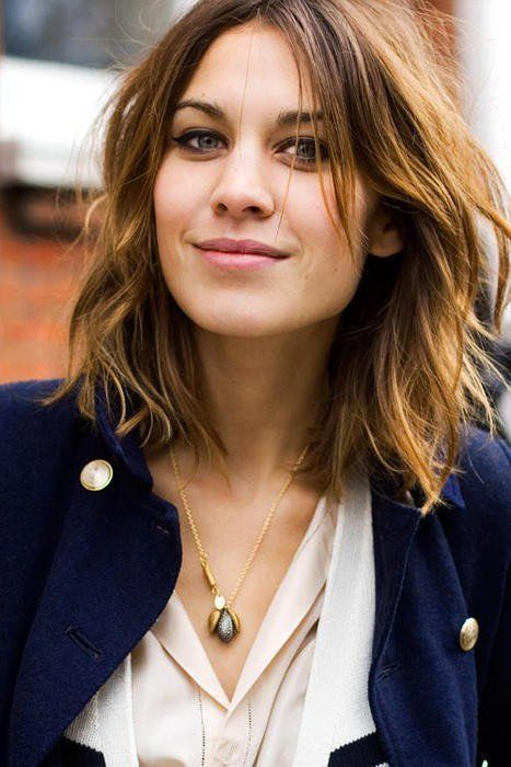 I hate shoulder-length hair generally, but this is pretty cool. Low maintenance…