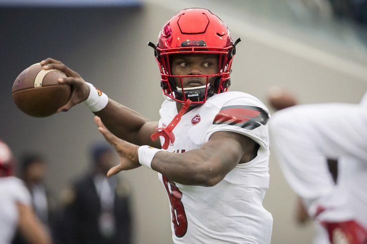 As NFL debate rages about his position, Lamar Jackson says 'I'm strictly a QB'