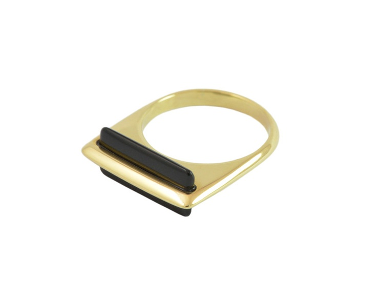 Wafer Ring with Onyz. Thin knife-edge 18k gold ring contrasts with the perpendicular wafer of onyx.