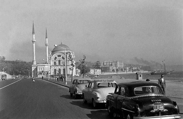 1950 Istanbul Dolmabahçe'ye doğru (Kabataş'dan)