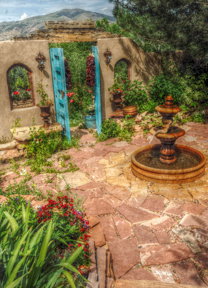 http://credito.digimkts.com Iniciar un negocio. Fije su mal crédito. (844) 897-3018 New Mexican courtyard... Love the flagstone!
