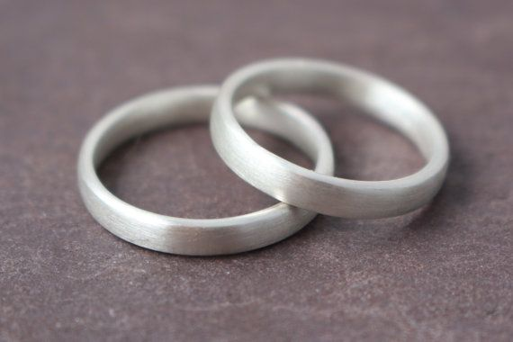 Plain wedding rings by GoldschmiedeStehle on Etsy