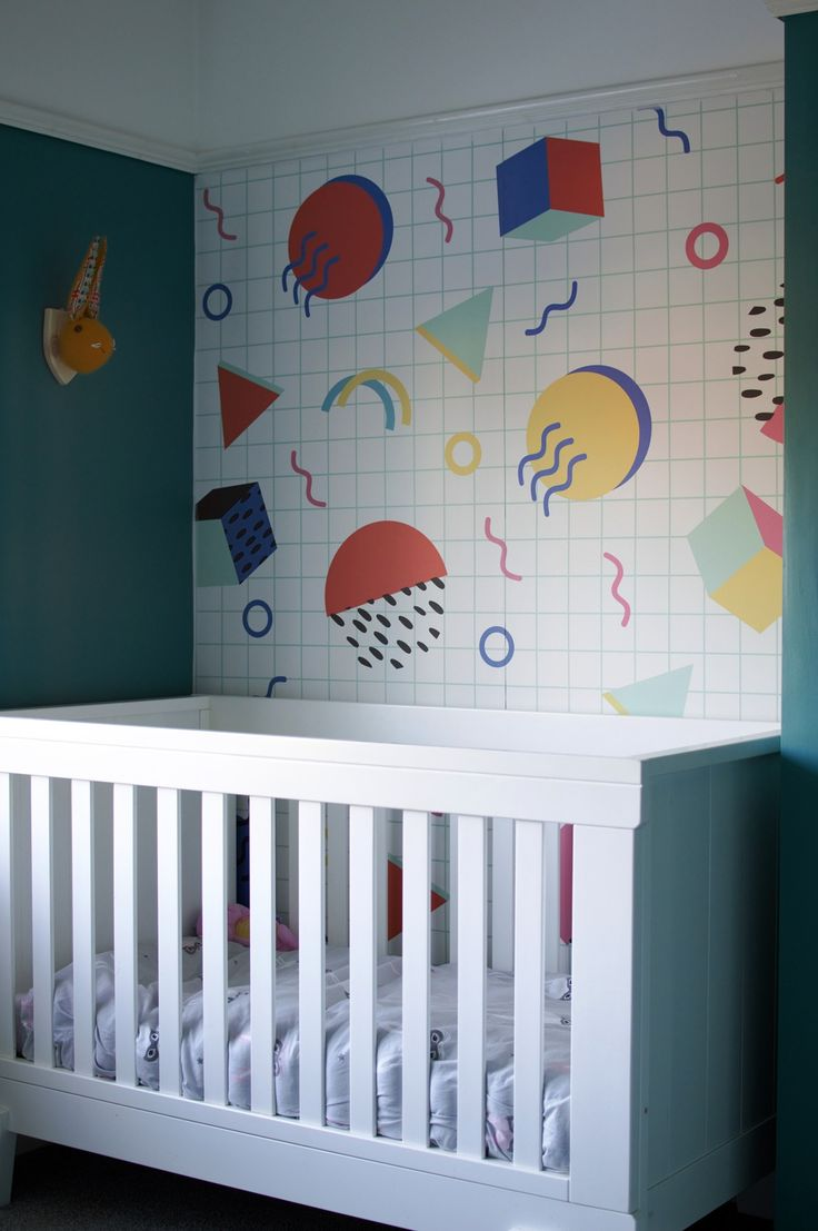 I LOVE the memphis design of this wall mural. It's so colourful and 80s, perfect for a todder bedroom. Find out how to hang a wall mural with a video by clicking through